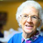 POSAO U NEMAČKOJ – Posao pomoćni negovatelj za stare osobe – potrebne odgovorne i savesne osobe