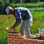 POSAO U INOSTRANSTVU – Posao na građevini – potrebni zidari / fasaderi / pomoćni radnici / izolateri – poslodavac nudi rešavanje papira  i smeštaj i obrok