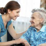 POSAO U NEMAČKOJ – Potrebni pomoćnici/ce negovatelja za stare osobe – poslodavac može pomoći za smeštaj – 8 slobodnih mesta