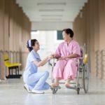 POSAO U NEMAČKOJ – Potreban pomoćnik/ca negovatelja  za stare osobe – Prijava što pre