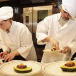 SEZONSKI POSAO U INOSTRANSTVU – Sezonski posao pomoćni kuvar – poslodavac obezbeđuje samački smeštaj – potrebno tri radnika