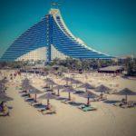 POSLOVI INOSTRANSTVO – Rad u UAE – Luksuzni američki hotel otvara slobodne radne pozicije – nije potreban EU pasoš – poslodavac plaća avionsku kartu i zdravstveno osiguranje!